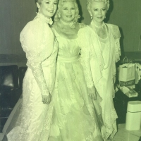 Lana  Turner with Shirley Jones and Ginger Rogers
