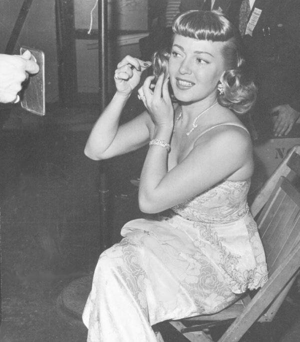 Lana Turner - Oscars 1947 - Grammys